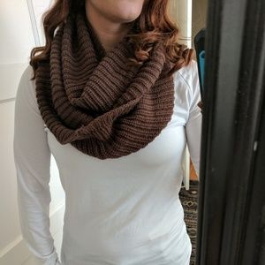 Other - Brown infinity scarf